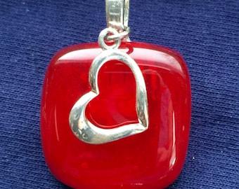 Swinging heart fused glass pendant
