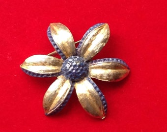 Costume flower brooch