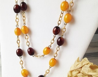 Vintage Yellow and Brown Bead Necklace / Vintage Costume Necklace / Vintage costume jewelry / vintage yellow necklace / brown necklace