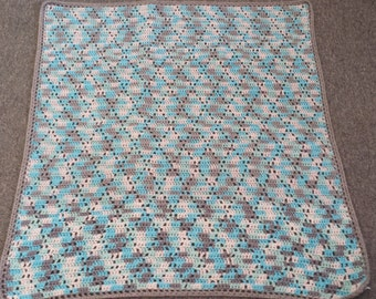 Crochet Diamond Baby Blanket
