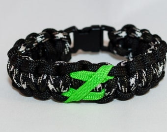 Black White and Green Zombie Awareness Paracord Bracelet