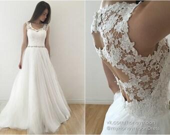 Mila Wedding dress, wedding dress open back, wedding dress macrame lace, wedding dress, tulle skirt wedding dress, thin wedding belt