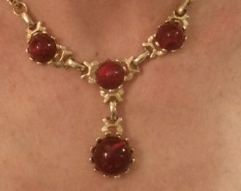 Lovely red vintage choker 1960's necklace
