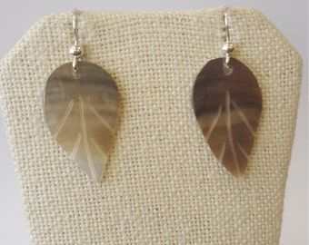 Mother pearl leaf Silver