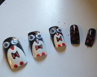 20  penguin nails + Glue