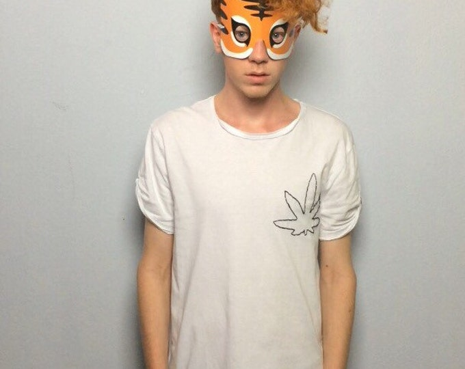 Weed (Tshirt bestickt)