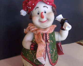 Hard Plastic Snowman Figurine, (# 106/7)