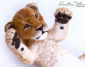 Handmade Needle Felted Wool Animal Sculpture young lion: Aisha