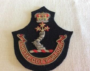 Vintage Canadian Royal Military College Truth Duty Valour shoulder officer badge