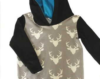 Sweater Hoody, ground venison with the inside of the hood blue