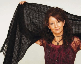Handwoven shawl, large scarf in black mohair and tencel. Handwoven pashmina wrap. Large black scarf.