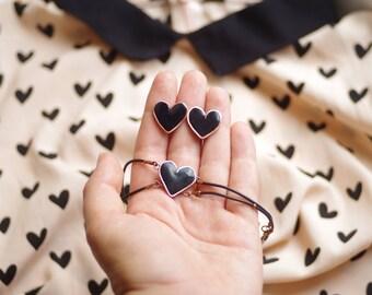 Black heart jewelry set, heart earrings and black heart bracelet on rubber cord
