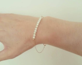 Delicate Pearl Bracelet, 14k Gold Silver Rose Gold Options, Pearl Bar Bracelet, Bridesmaids Dainty Minimal Gift, just1gold, Weddings