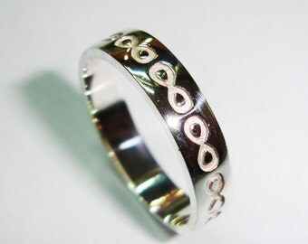 Wedding ring of silver law, infinite model, alliances A-112, rings of marriage.