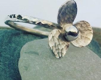 Flower Ring, Sterling Silver Ring, Silver Flower Ring, Pretty Flower Ring, Floral Ring, Modern Flower Ring