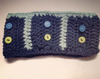 READY TO SHIP-Crochet headband for kids, dark blue, buttons, fall and spring accessory, kid, knitting and crochet, hand made, ready to ship