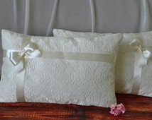 Set of 2 wedding kneeling pillow, Ceremony pillow, Prayer pillow, Ivory or white satin and lace kneeling pillow with satin ribbon and bow