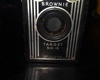 Vintage Kodak Brownie Target Six-16 Camera