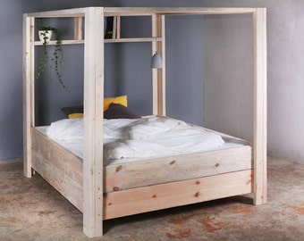 Four poster bed of Vergers from timber Brown