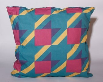 Houndstooth 2.0 Pillow