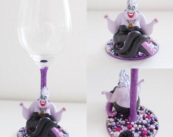 Character glass, Ursula