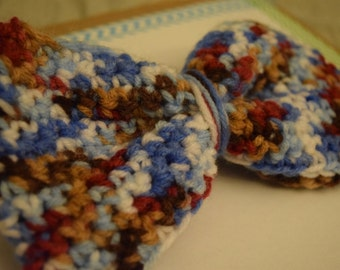 crochet mixed colored bow