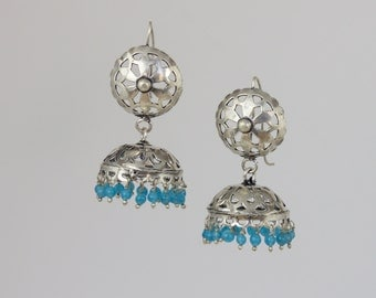 Filigree floral dome earrings