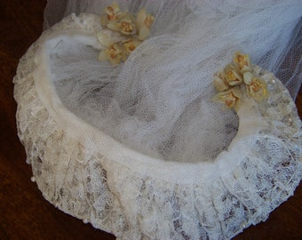 Vintage 1940s Wedding Veil with Headpiece