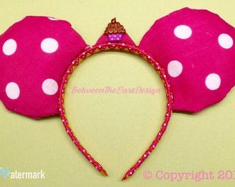 Mouse Ears: Hot Pink Polka Dot Ears//Cupcake Pin