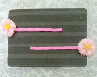 Girl's Flower Hair Clips - Bobby Pins - Pink - Daisy