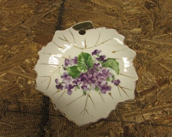 Vintage Nasco Hand Painted Leaf Shaped Plate