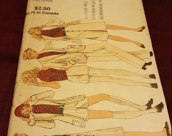 1970 Vintage Vogue #8201 size 14 New