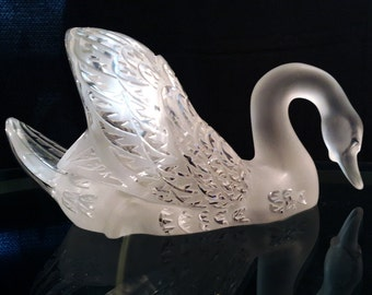"Large Lalique ""Swan Head Down"" Clear and Frosted Crystal Sculpture"