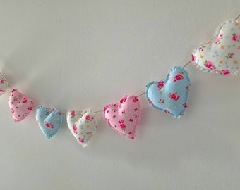 Hand Made Shabby Chic 7 Heart Fabric Garland Bunting Pink Blue & White Ditsy Floral