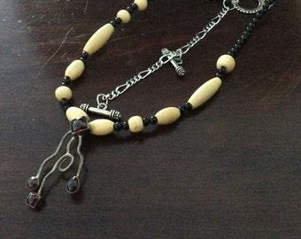 Wavey coral necklace