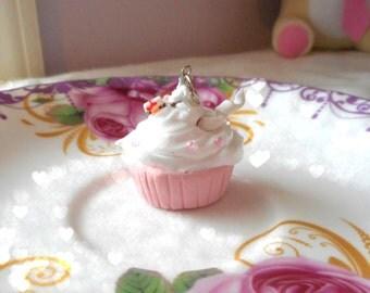 Cupcake Pendant: Pink