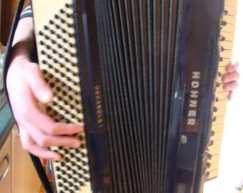 Vintage Hohner Organola I Accordion