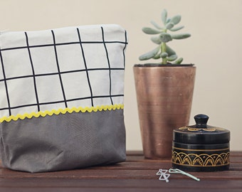 Your mo-box: your own wallet sewing friends