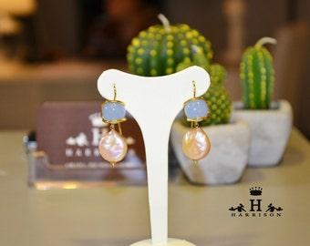 Handmade earrings with stones and pearls
