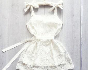 Cobweb's dress