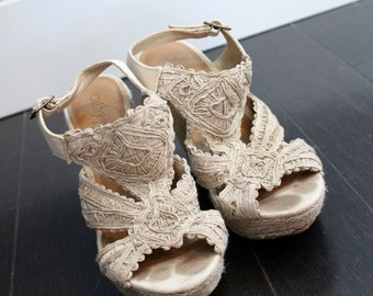 neutral tone platform wedges with open toe - 7