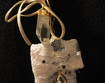 Crystal Quartz Power Pouch - Special: Yes