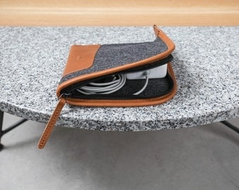 Compact Charger Case - Italian Leather and Merino Wool Felt, Smokey Grey / Tan