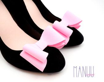 Light pink bows - shoe clips Manuu, Bridal shoe clips, Wedding shoe clips