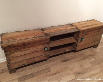 Movie star - sideboard from old wine boxes