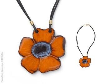Necklace great flower orange