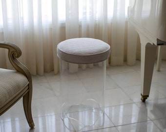 Lucite/Acrylic modern clear upholstered stool/bench/furniture for bedroom or vanity