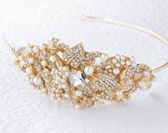 Crystal Bridal Hair Band with Fresh Water Pearl in Matte Gold Finish. #122926