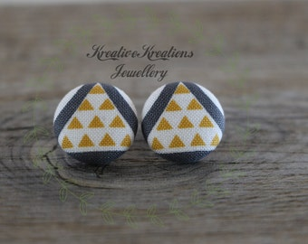 19mm Grey, White & Yellow Triangles Fabric Button Stud Earrings