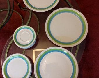 Emerald Isle China by Harmony House 23 Piece Dinnerware Set